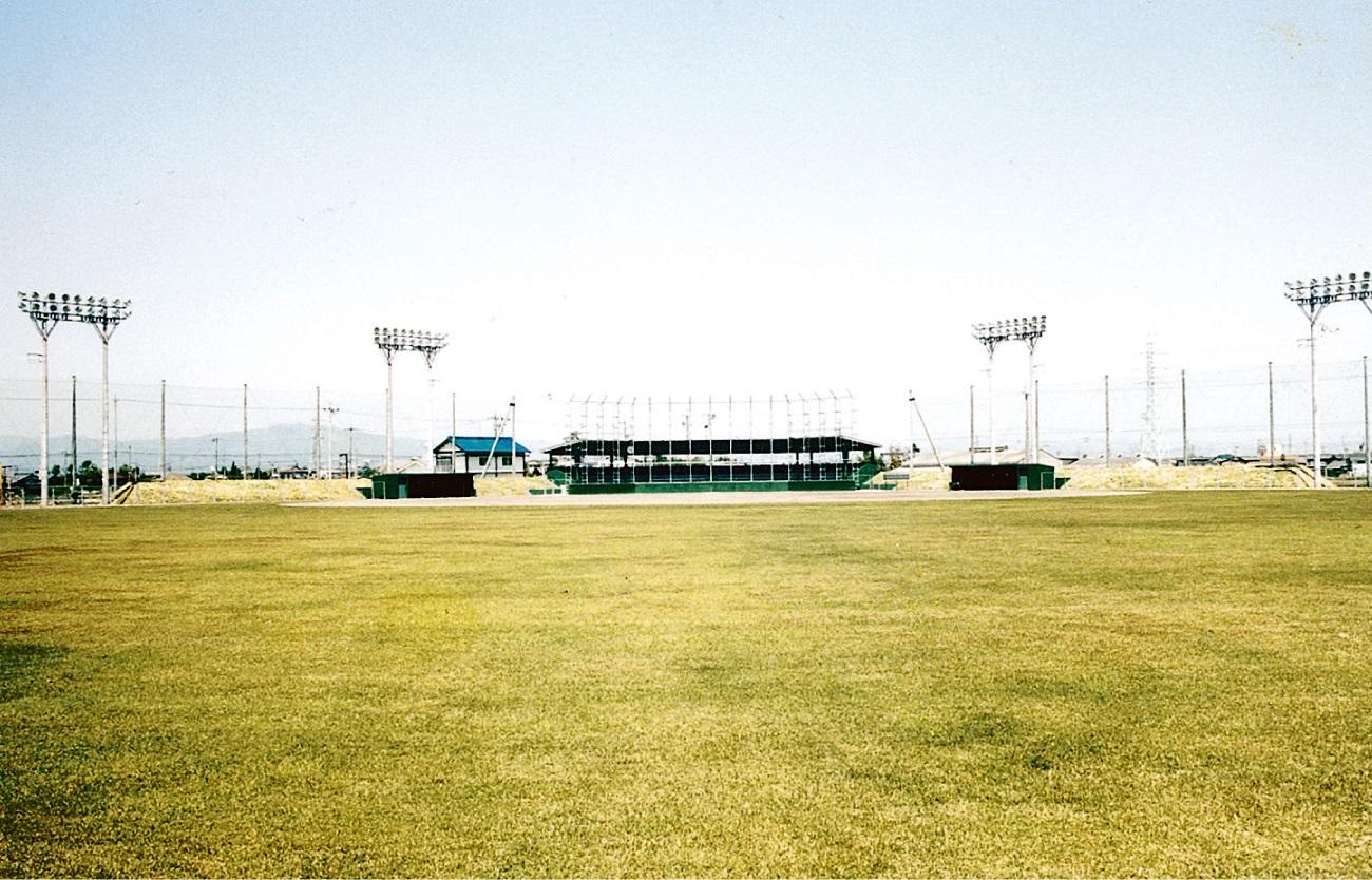 安八総合公園野球場工事 (岐阜県安八町発注)